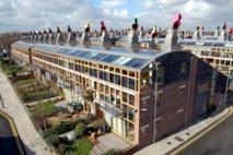 Edificios de energía cero del proyecto Beddington Zero Energy Development (BedZED) en Sutton (Londres, Reino Unido). Foto:Tom Chance.