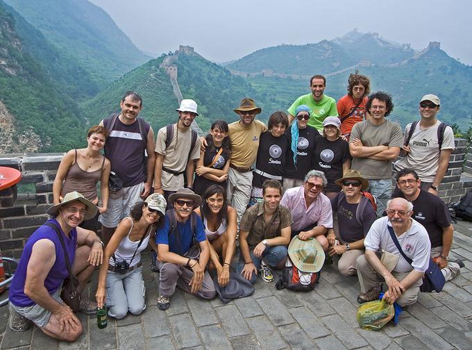 Los miembros de la expedición Shelios, en la Gran Muralla. Foto: Shelios.