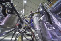 Stefan Ulmer, uno de los artífices de la medida de antimateria, en un momento del experimento. Foto: Maximilien Brice, Julien Ordan/CERN.