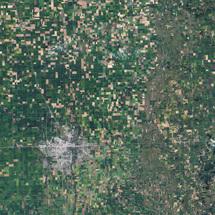 Desde el espacio, tierra cultivada del noroeste de Minnesota (USA). Los colores cambian con las estaciones. Fuente: NASA's Earth Observatory.
