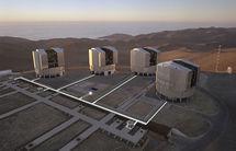 Very Large Telescope de Chile, con el que se estudiaron las estrellas. Fuente: Wikimedia Commons.