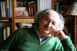 """Antonio Colinas, uno de los poetas españolas presente en """"New Poetry From Spain"""". Fuente: antoniocolinas.com."""