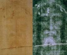 Fotografía de la Sábana Santa en dos versiones: A la izquierda, en positivo; y a la derecha, en negativo. Foto: Wikipedia.