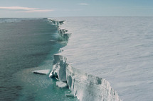 La barrera de hielo Filchner-Ronne de la Antártida. Imagen: Ralph Timmermann, Alfred Wegener Institute.