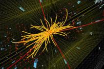Colisión protón-protón en el experimento CMS con resultado de cuatro muones de alta energía (líneas rojas). Podría informar sobre la desintegración de un bosón de Higgs, pero también producirse por otros procesos físicos. Imagen: CMS/CERN.