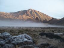 El Parque Nacional del Teide, en la isla de Tenerife, es el parque nacional más visitado turísticamente de España, de Europa y el segundo del mundo. La sostenibilidad ha de ser un pilar del desarrollo turístico actual. Fuente: Wikimedia Commons.
