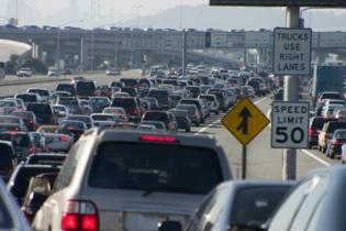 La contaminación del tráfico podría estar provocando un aumento del autismo. Imagen: Aaron Kohr. Fuente: PhotoXpress.