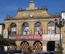 Ayuntamiento de Haro, en La Rioja, la comunidad autónoma más trasparente de España, junto al País Vasco, según el INCAU. Fuente: Wikimedia Commons.