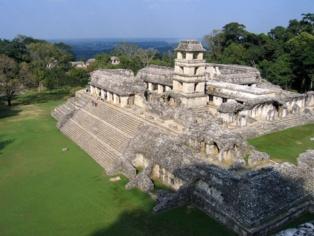 Templo de Palenque. Foto:  Peter Andersen, 2005.