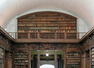 Vista de la Biblioteca de Alençon, en Francia. Fuente: Wikimedia Commons.