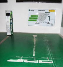 """Un puesto de recarga para vehículos eléctricos de Adif: una """"ferrolinera"""". Fuente: Adif."""