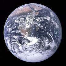 """""""La canica azul"""". Imagen de la Tierra tomada desde el Apollo 17. Fuente: NASA."""