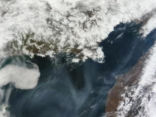 Nubes sobre el mar de Okhotsk. Fuente: NASA.