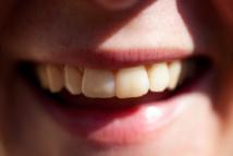 Una sonrisa dice muy poco de lo que siente una persona si no va acompañada de una mirada. Imagen:  Håkan Dahlström. Fuente: Flickr.