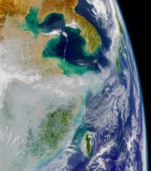 Imagen de satélite que muestra una nube de contaminación. Fuente: NASA/JPL.