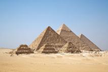 Pirámides de Guiza. Fuente: Wikipedia.