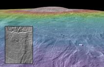 Canales fluviales posiblemente habitables emergen del borde los depósitos glaciales de los alrededores de Arsia Mons. Imagen: NASA/Goddard Space Flight Center/Arizona State University/Brown University.