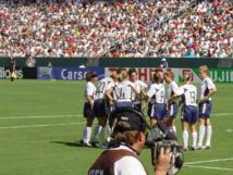 La selección estadounidense de fútbol femenino, en la Copa del mundo de 2003. Imagen: ExperienceLA. Fuente: Flickr.