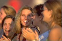La risa provoca en el cerebro las mismas reacciones que la cocaína