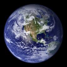 NASA's Earth Observatory: the Blue Marble. Imagen: GISuser.com. Fuente: Flickr.