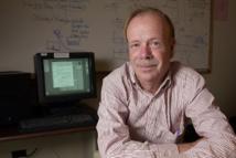 El físico Paul Kunz instaló el primer servidor web fuera de Europa, en SLAC, en 1991. Fuente: Universidad Stanford.