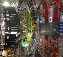 Detector CMS del LHC del CERN. Fuente: Tighef - Own work. Licensed under CC BY-SA 3.0 via Wikimedia.