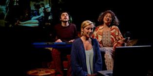 Momento de la representación. Fuente: www.teatroateatro.com.
