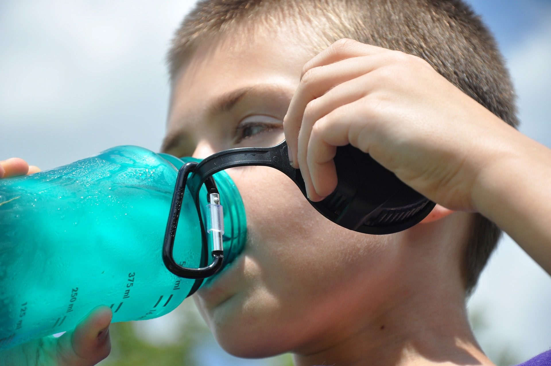 Las botellas de plástico pueden contener disruptores endocrinos. Foto: GSquare.
