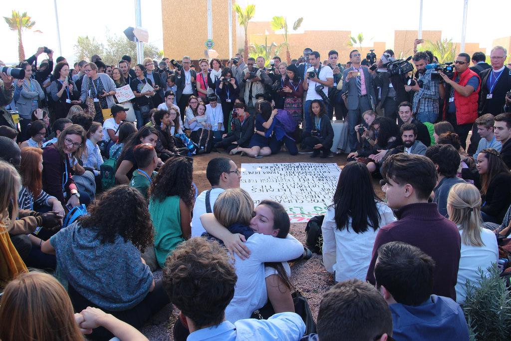 Concentración de jóvenes contra la elección de Trump, con motivo del COP 22.  Foto: Takver