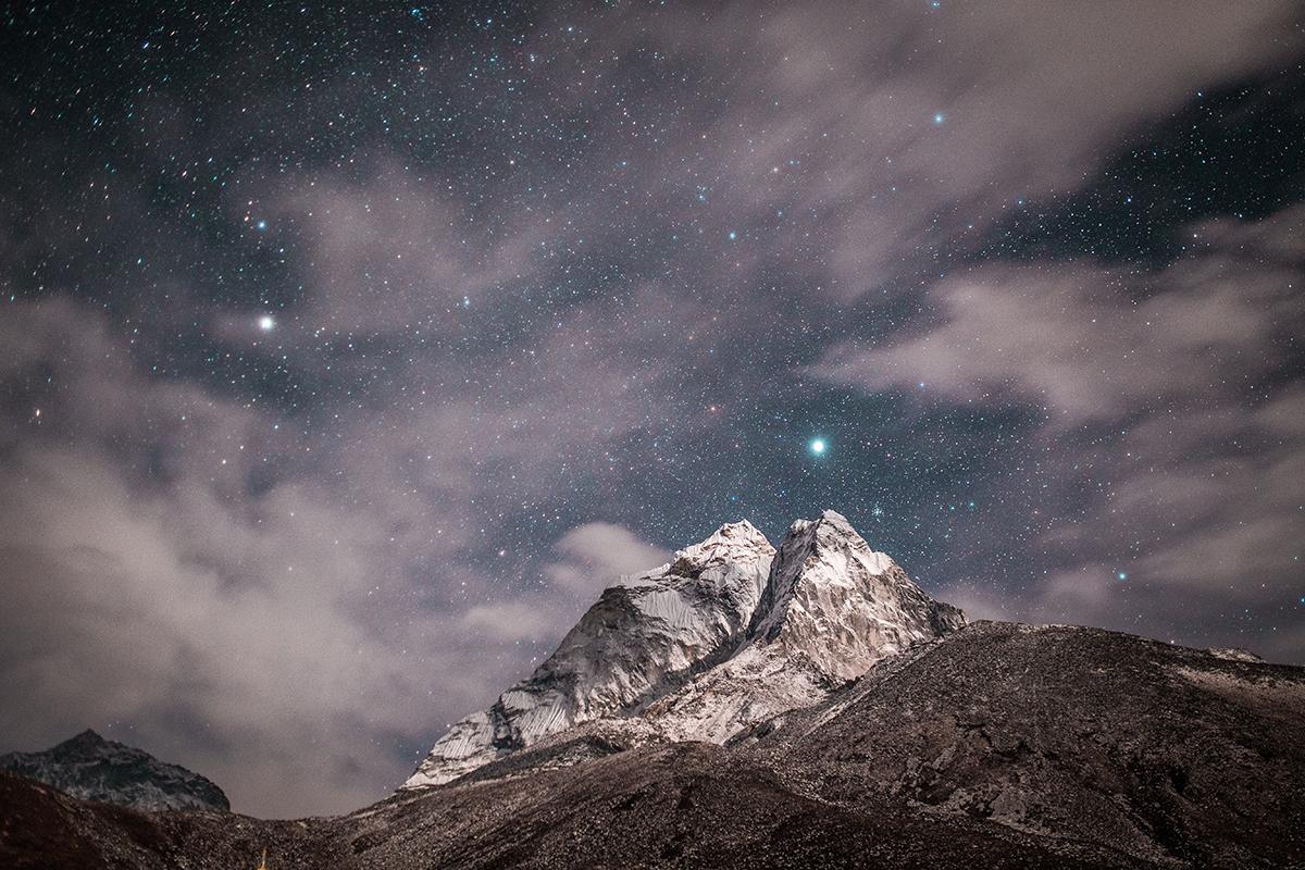 Himalayas. Foto: Martin Jernberg. Unsplash.