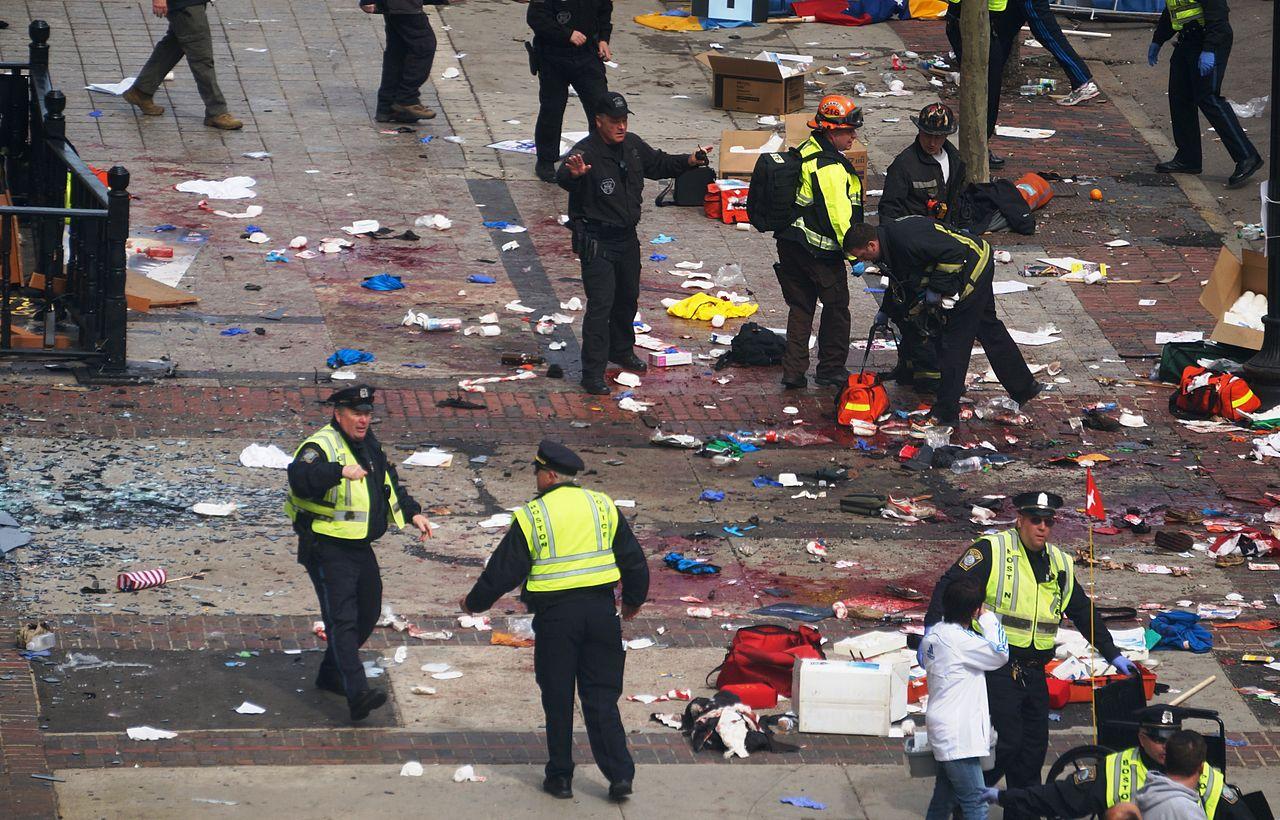 """Escenario después del atentado del maratón de Bostón en 2013. Foto:Aaron """"tango"""" Tang."""