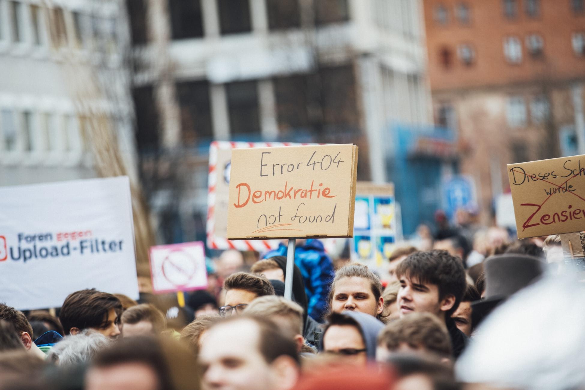 Manifestación ciudadana contra el filtrado de contenido en Internet, el 6 de marzo de 2019 en Nürnberg, Alemania, convocada  bajo el hashtag #CensorshipMachine. Foto: Markus Spiske.