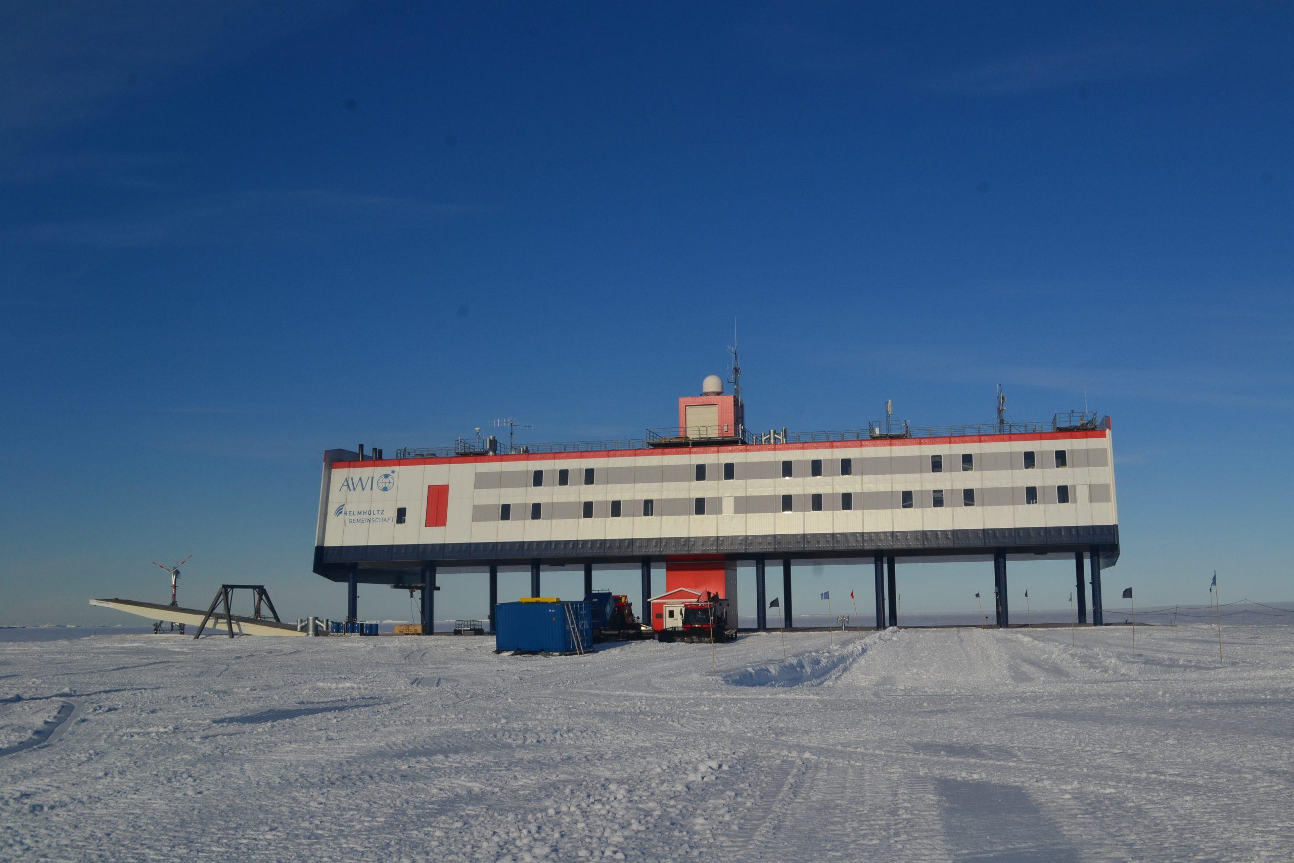 La estación antártica Neumayer-Station III, donde se desarrolló la investigación. Foto: Stahn/Charité.