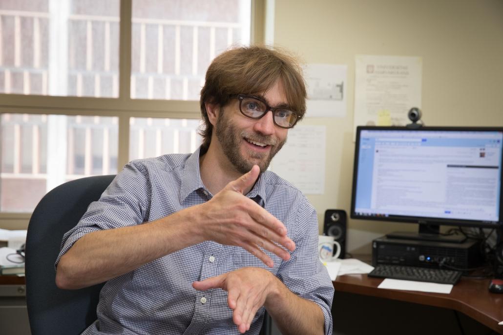 Wesley Campbell, uno de los creadores del revolucionario bit cuántico: (Crédito de la foto: UCLA)