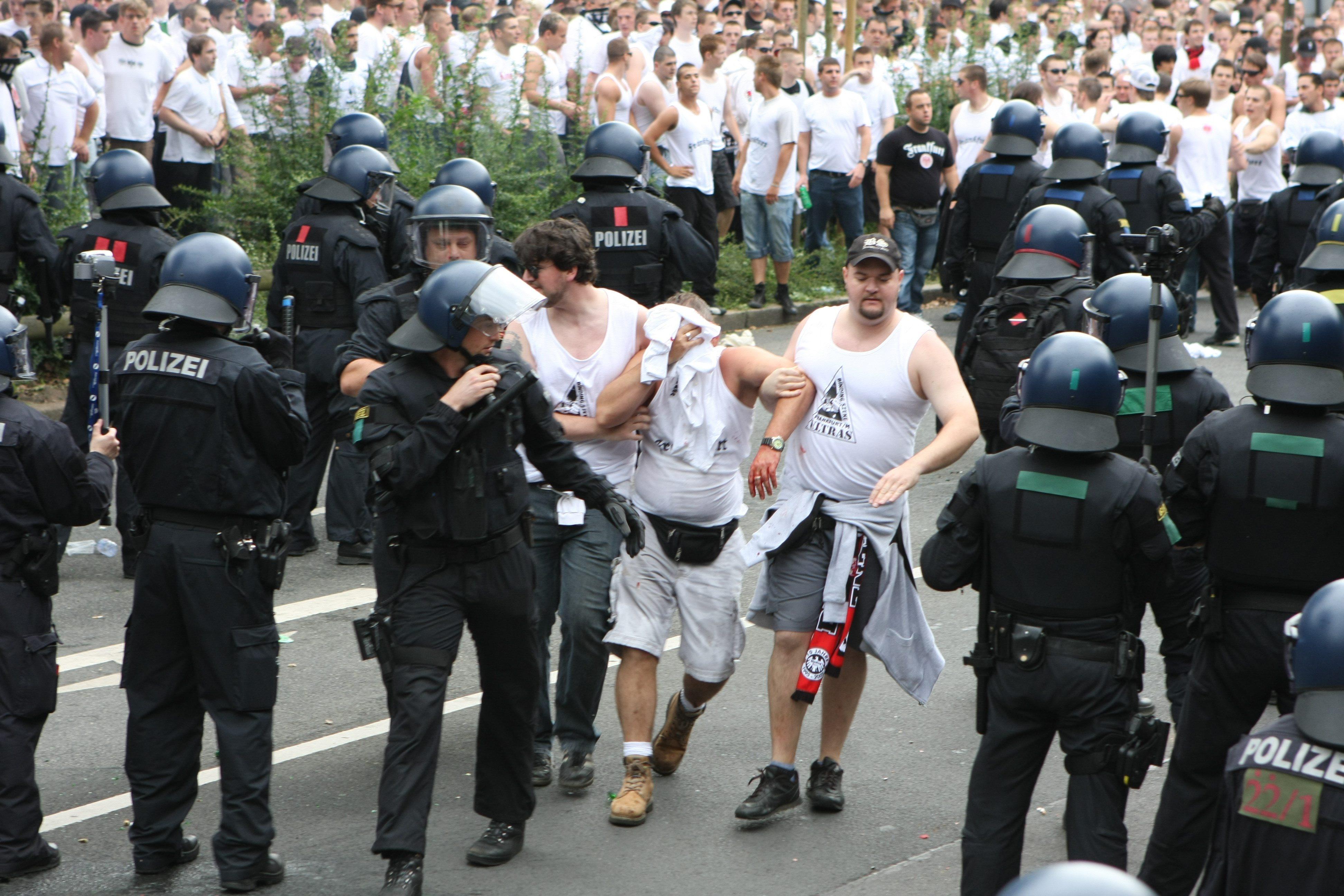 Ultras de fútbol en Alemania. Foto: Heptágono.