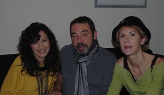 De izquierda a derecha:  Cecilia Quílez, Paco Moral y Mara Troublant, fundadores de Tigres de Papel.