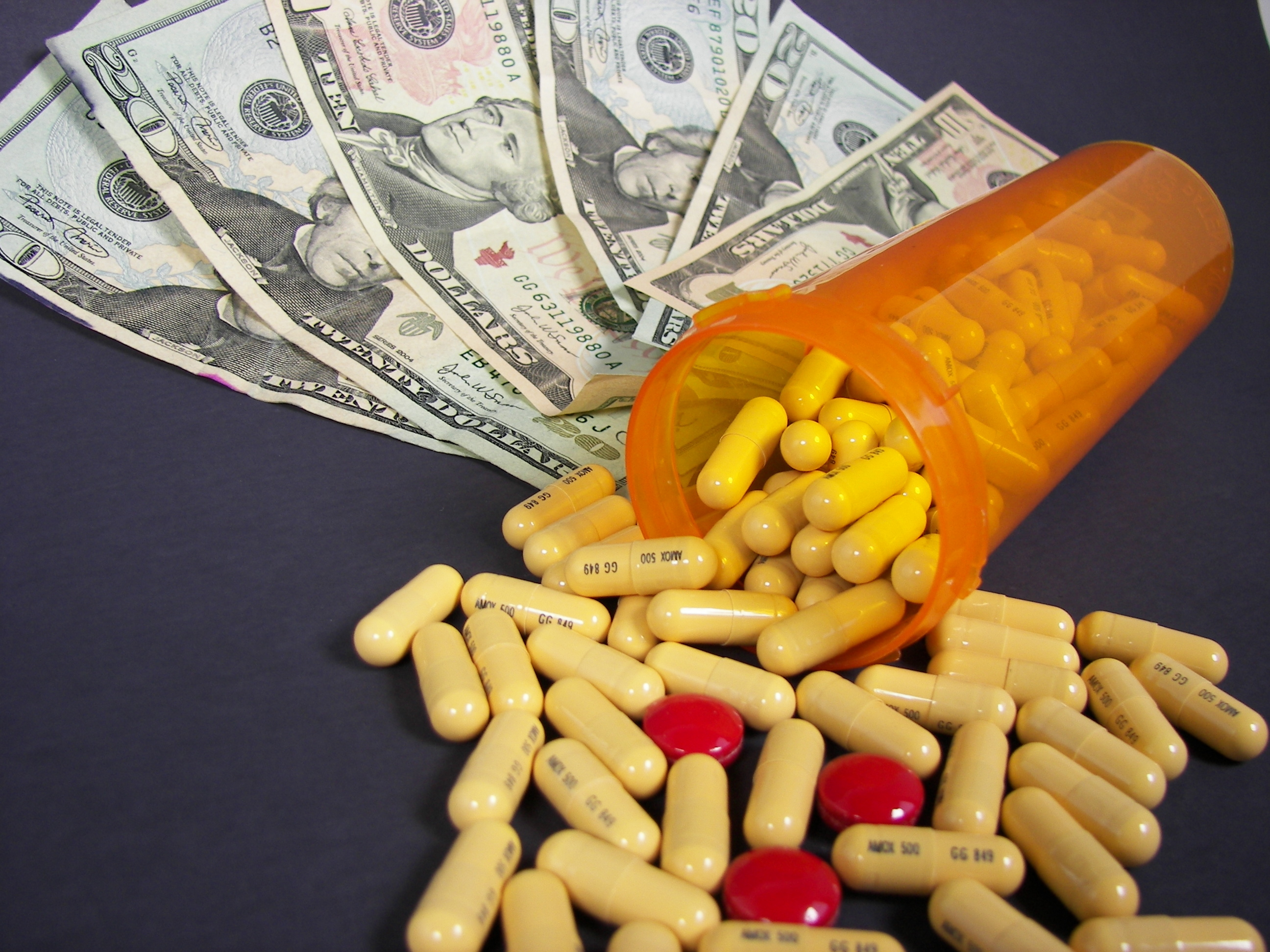 El precio de los medicamentos ha sido estudiado por un investigador de la UC3M. Imagen: 14ktgold. Fuente: PhotoXpress.