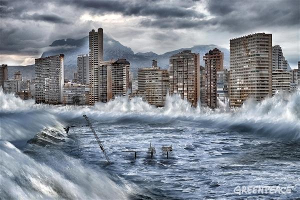 Benidorm afectado por el cambio climático. Imagen: Pedro Armestre y Mario Gómez. Fuente: Greenpeace.
