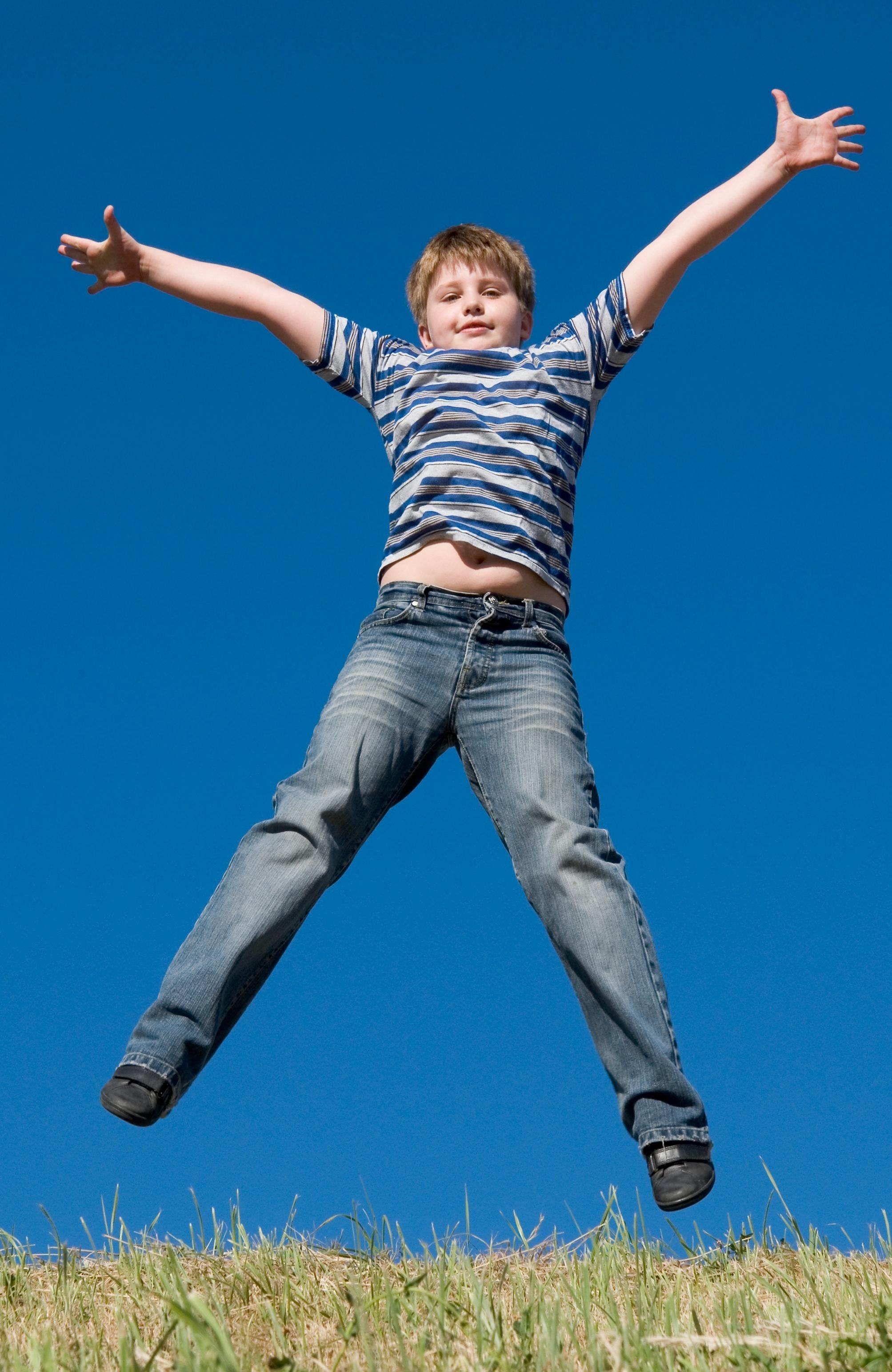 Jugar de manera libre en la infancia es beneficioso de mayores. Imagen: Stepanov. Fuente: PhotoXpress.