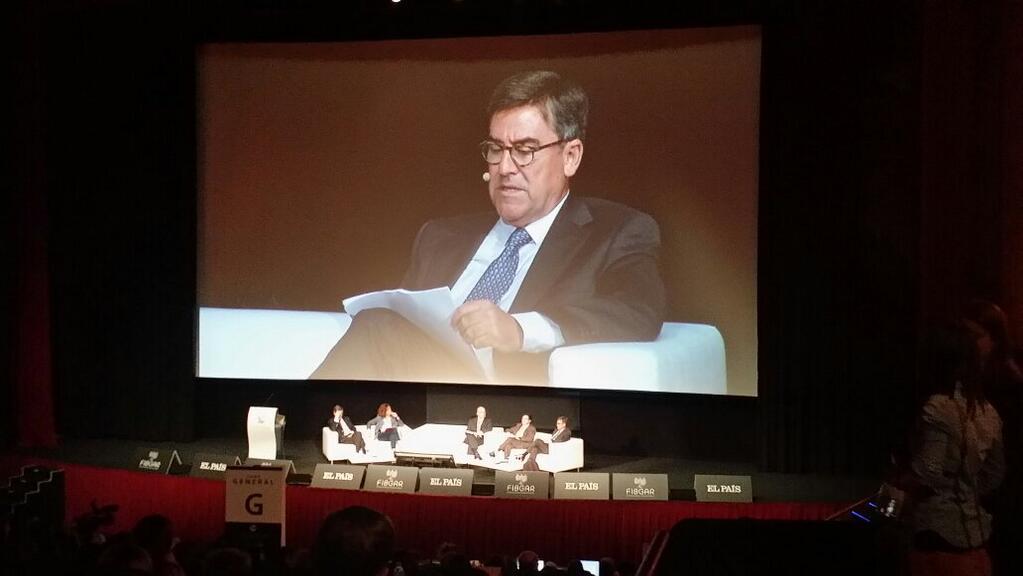 El economista Juan Torres López en el panel 'Los costes de la Jurisdicción Universal'. Foto: FIBGAR