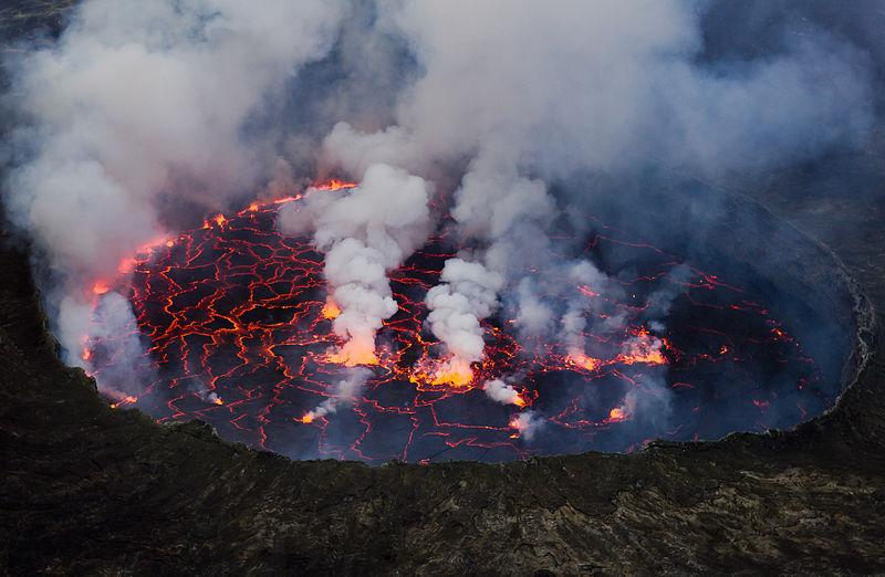 La actividad volcánica ha podido subyacer a todas las extinciones masivas de la Tierra, señalan los autores del estudio. Fuente: Wikipedia.