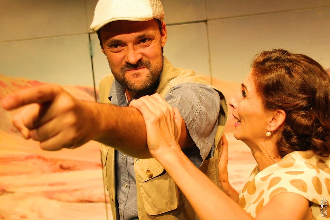 """Momento de la representación de """"Arizona"""", de Juan Carlos Rubio e Histrión Teatro. Fuente: Teatro Alhambra de Granada."""