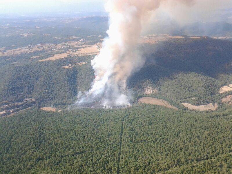 Incendio topográfico en Salo (24-07-2013). Imagen: Bombers de la Generalitat de Catalunya. Fuente: CREAF-CTFC.
