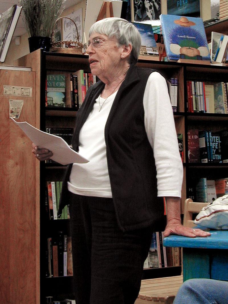 Ursula K. Le Guin en 2008. Imagen: Gorthian - Trabajo propio. Fuente: Disponible bajo la licencia CC BY-SA 3.0 vía Wikimedia Commons.
