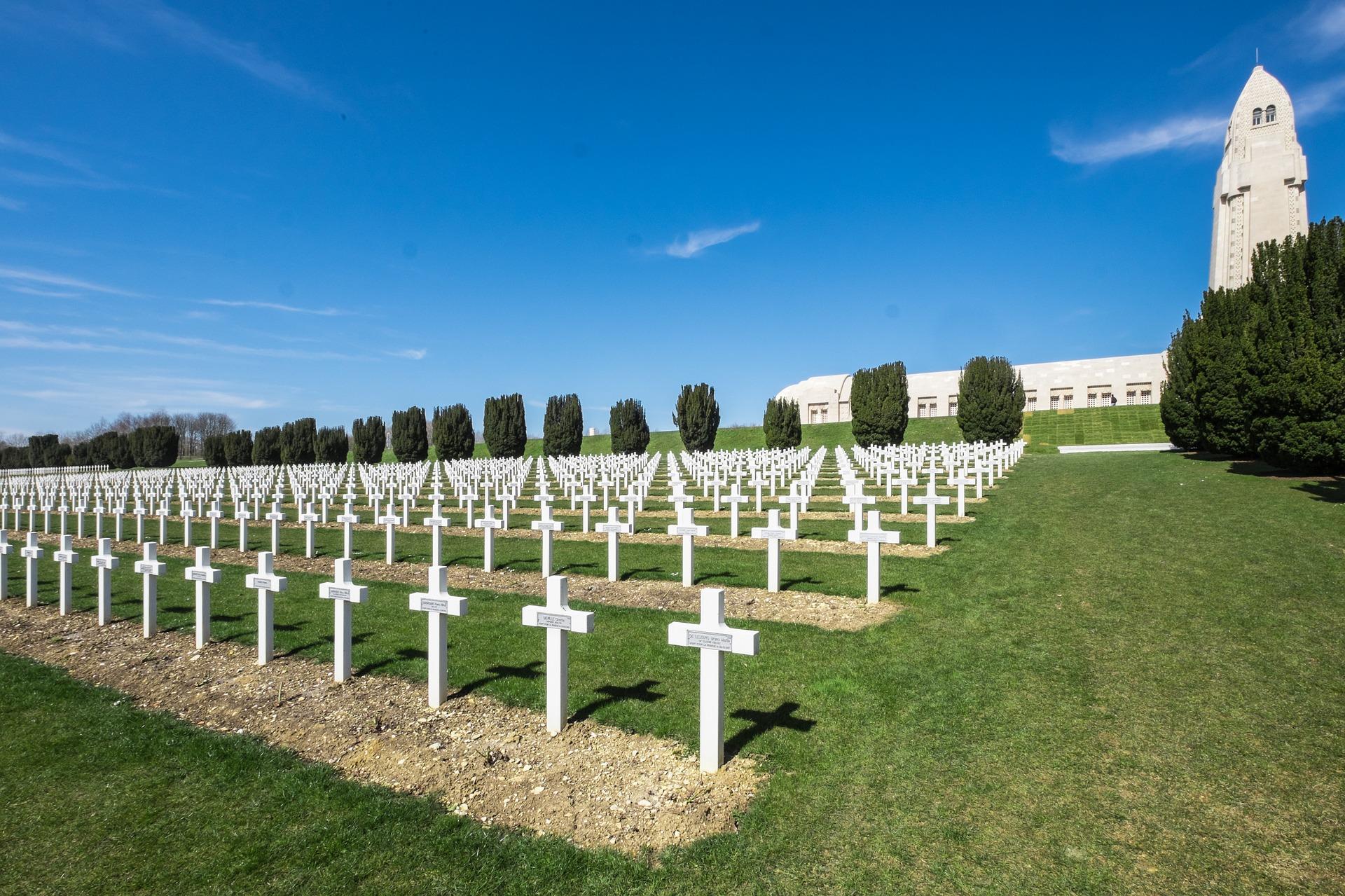 Memorial a las víctimas de Verdun. Nunca Más. Foto: Oliver Kepka