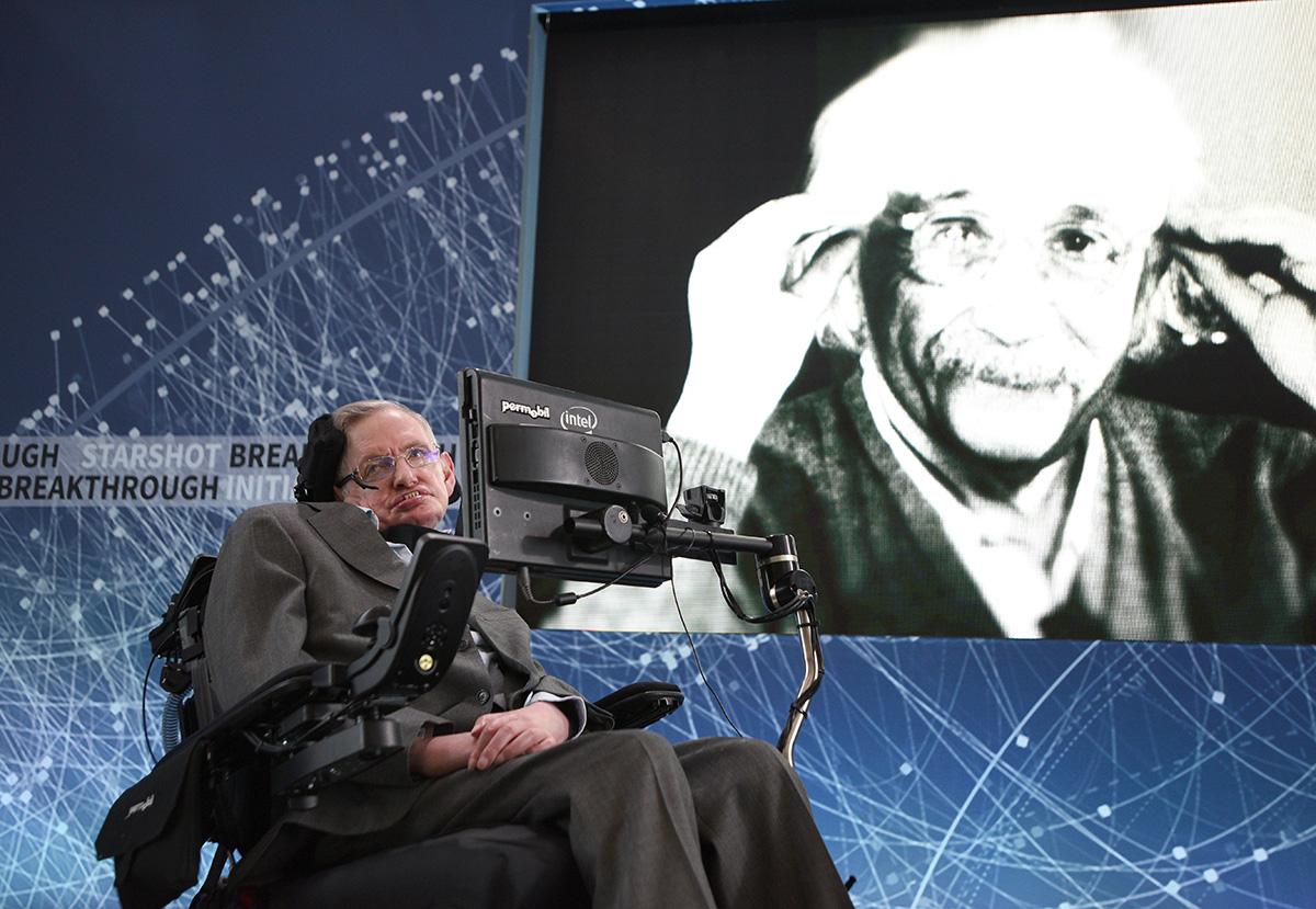 Hawking en la presentación del proyecto. Foto:Breakthrough Starshot