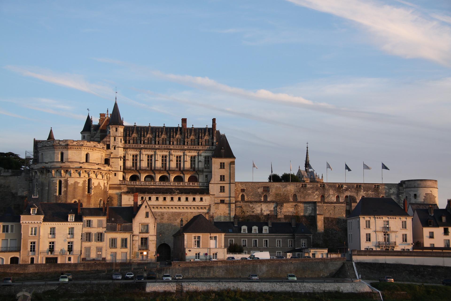 Castillo de Amboise, donde fue enterrado Leonardo. Imagen: FranceIntense. Fuente: Pixabay.