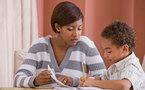 Leer y conversar con los hijos pequeños fomenta su desarrollo lingüístico
