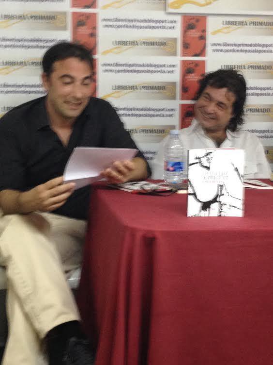 Arturo Borra introduciendo a David Eloy. Librería Primado 12 de junio 2014